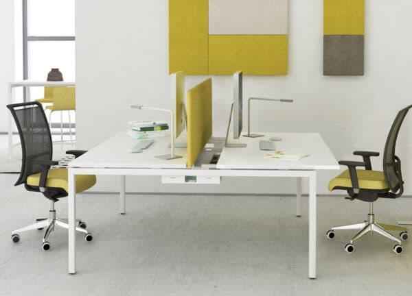 Nova U desk